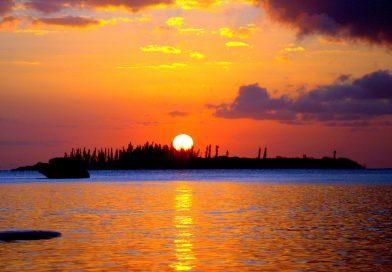 Imagen de la puesta de Sol tomada desde Nueva Caledonia (13-noviembre)