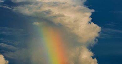 Arcoíris fotografiado desde la isla de Tahití