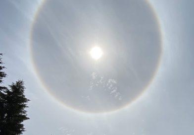 Halo solar captado en Bothell, Washington