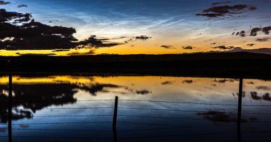 Nubes noctilucentes fotografiadas desde Alberta, Canadá