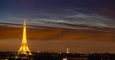 Nubes noctilucentes captadas sobre París, Francia