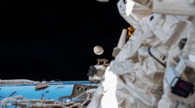 Foto de la Luna tomada desde la Estación Espacial Internacional