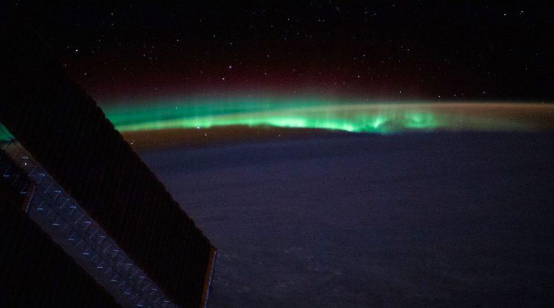 Auroras boreales fotografiadas sobre el Atlántico Norte desde la ISS