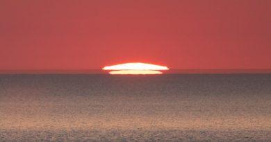 Foto de la puesta de Sol captada desde Vendsyssel, Dinamarca
