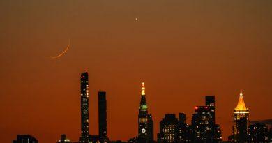 La Luna y Venus captados sobre la Ciudad de Nueva York