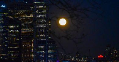 Foto de la Luna tomada desde Nueva York, Estados Unidos